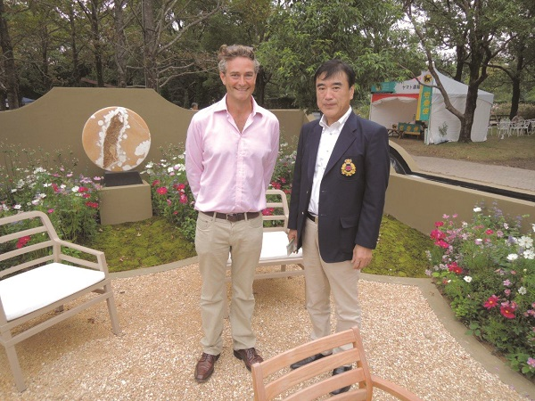 Richard and Mr Sawada, owner of the Huis Ten Bosch Theme Park in Nagasaki